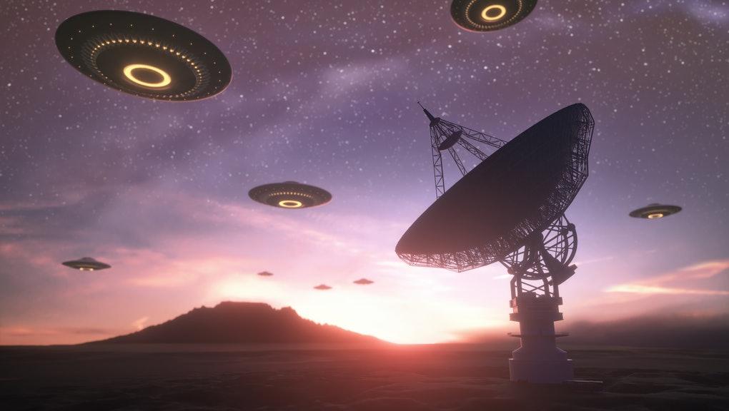 flat roofer alien invasion