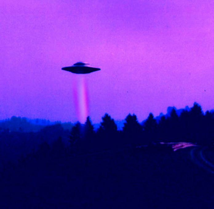 ufo flat roofing sky